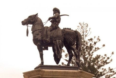 Sculpture of Mohtaram Tipu Sultan on his horse-1