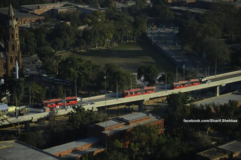 Metro Bus Lahore-11