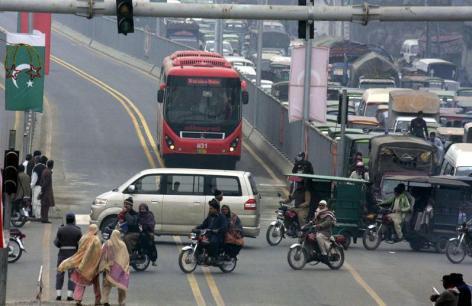 Metro Bus Lahore-5